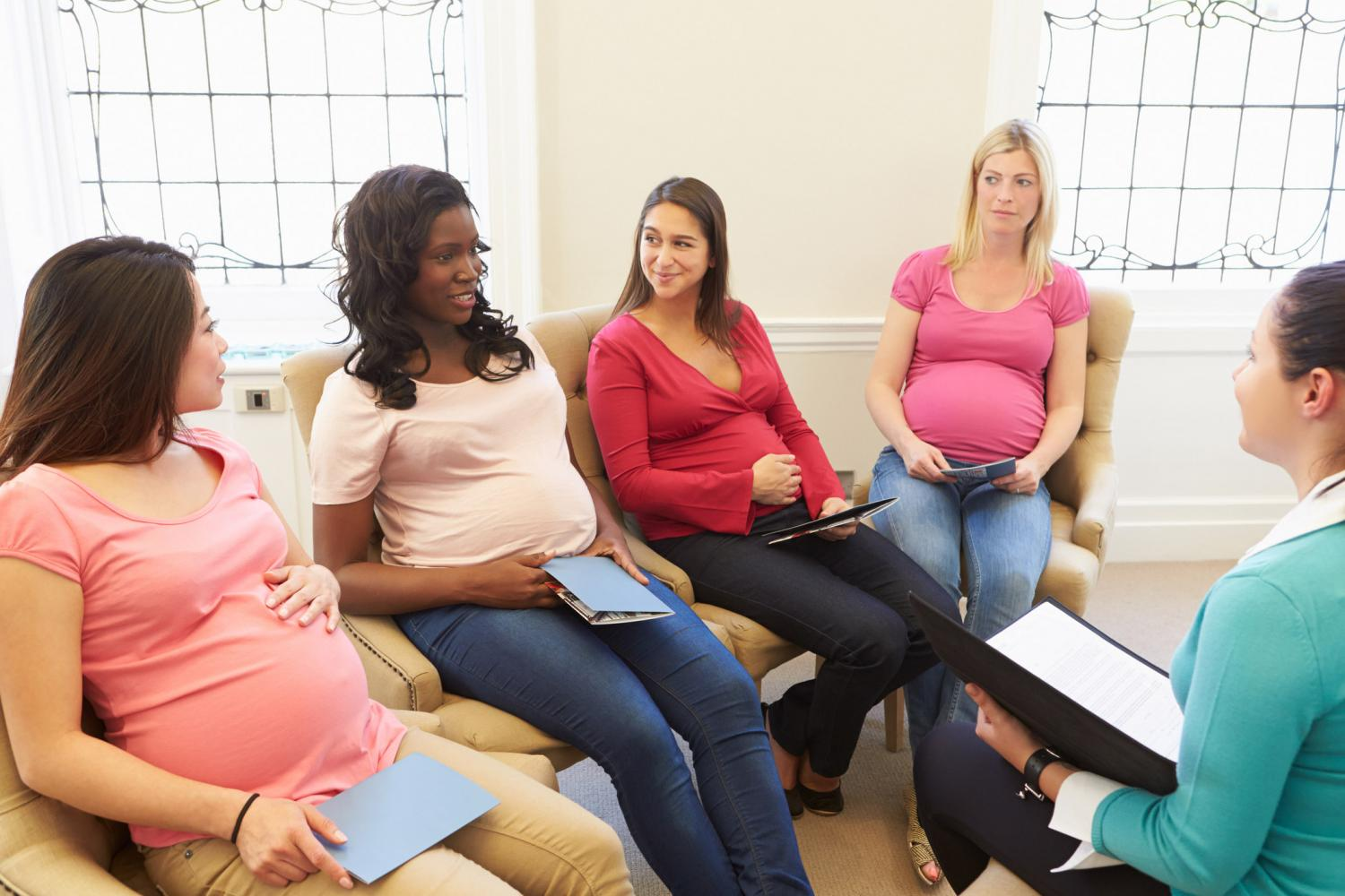 maternity-pregnant-group-information-class-counselling